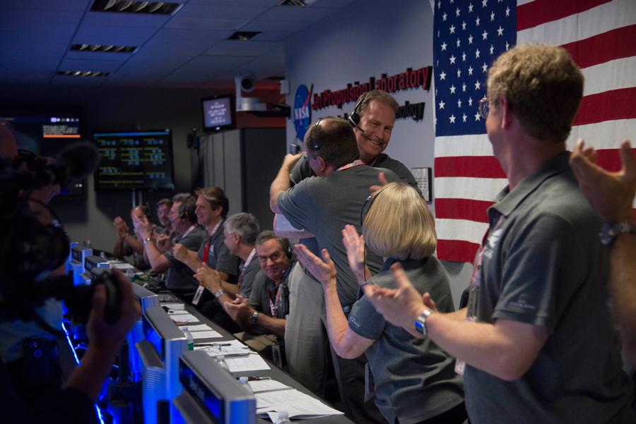 Juno's Team celebrating. Credit: NASA/JPL-Caltech