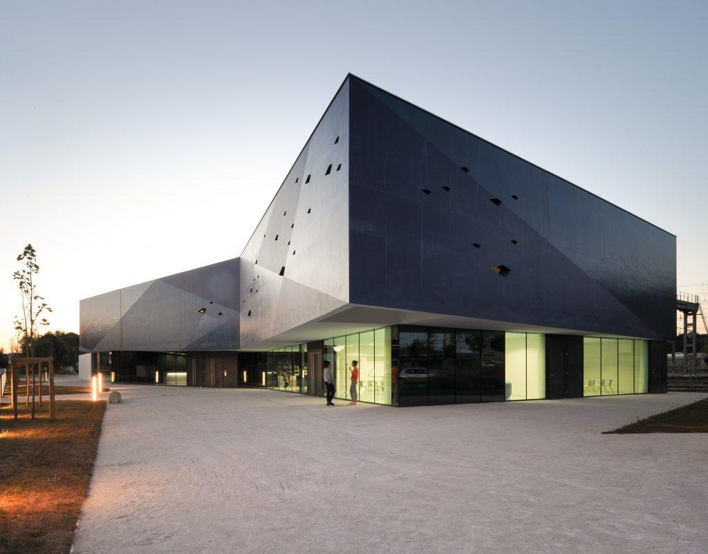 Community Centre in Venarey-Les Laumes - Dominique Coulon & Associés