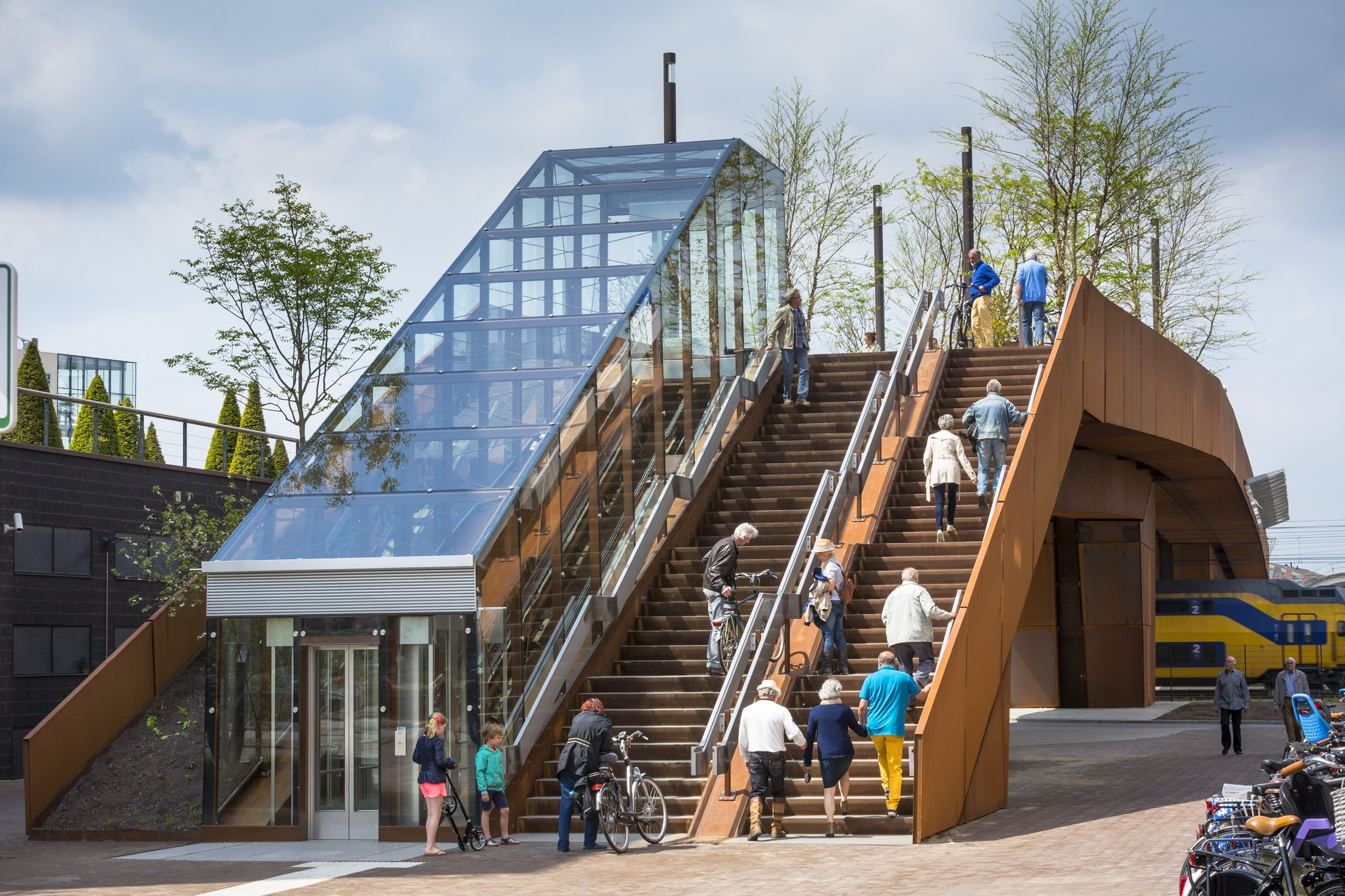 Paleisbrug - Palace Bridge| Benthem Crouwel Architects